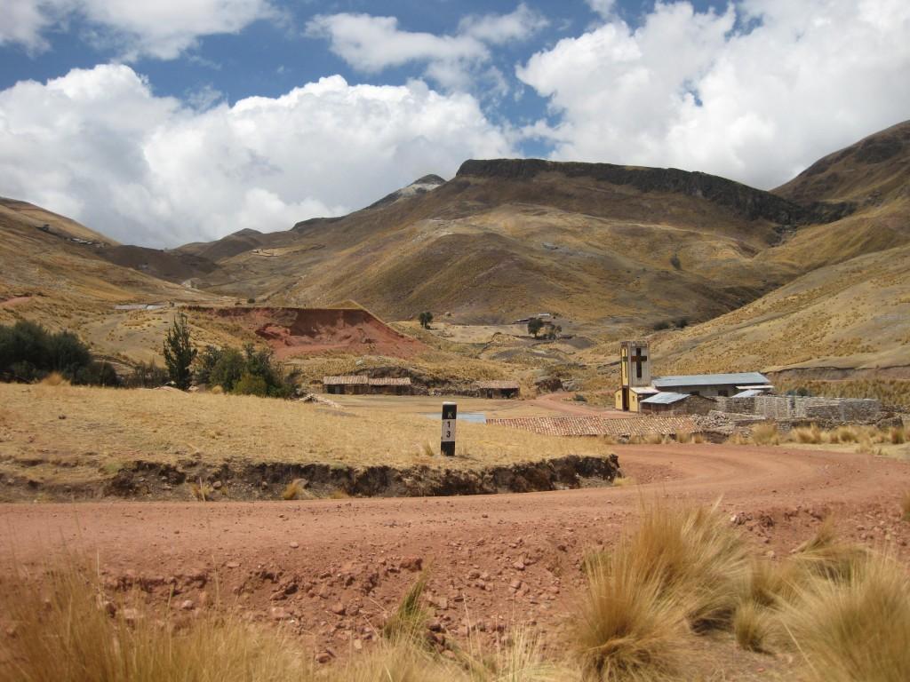 In den peruanischen Anden gibt es immer was zu entdecken. Hier das Dörfchen Santa Barbara in der Nähe von Huancavelica