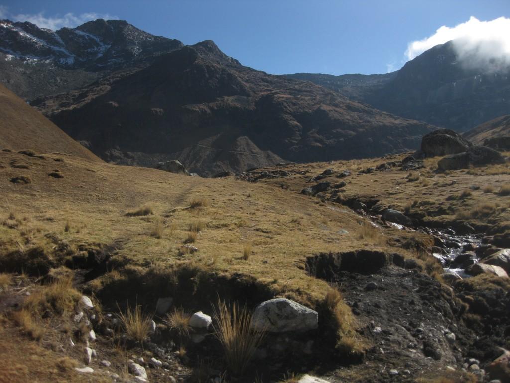 Wanderungen im bolivianischen Hochland können sehr einsam sein. Auf manchen Trecks sieht man nur wenige Einheimische und wie ich hier (Takesi-Treck) keinen einzigen Touristen