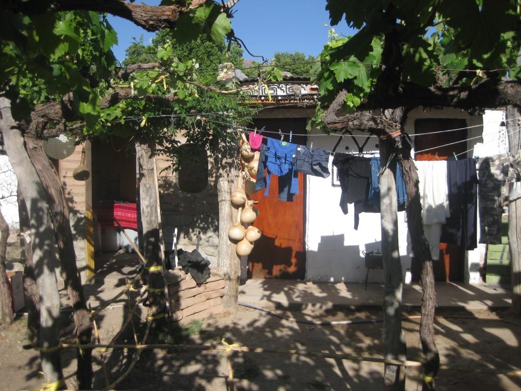 Sanitäre Einrichtungen und die kleine Küche im Casa de Huesped