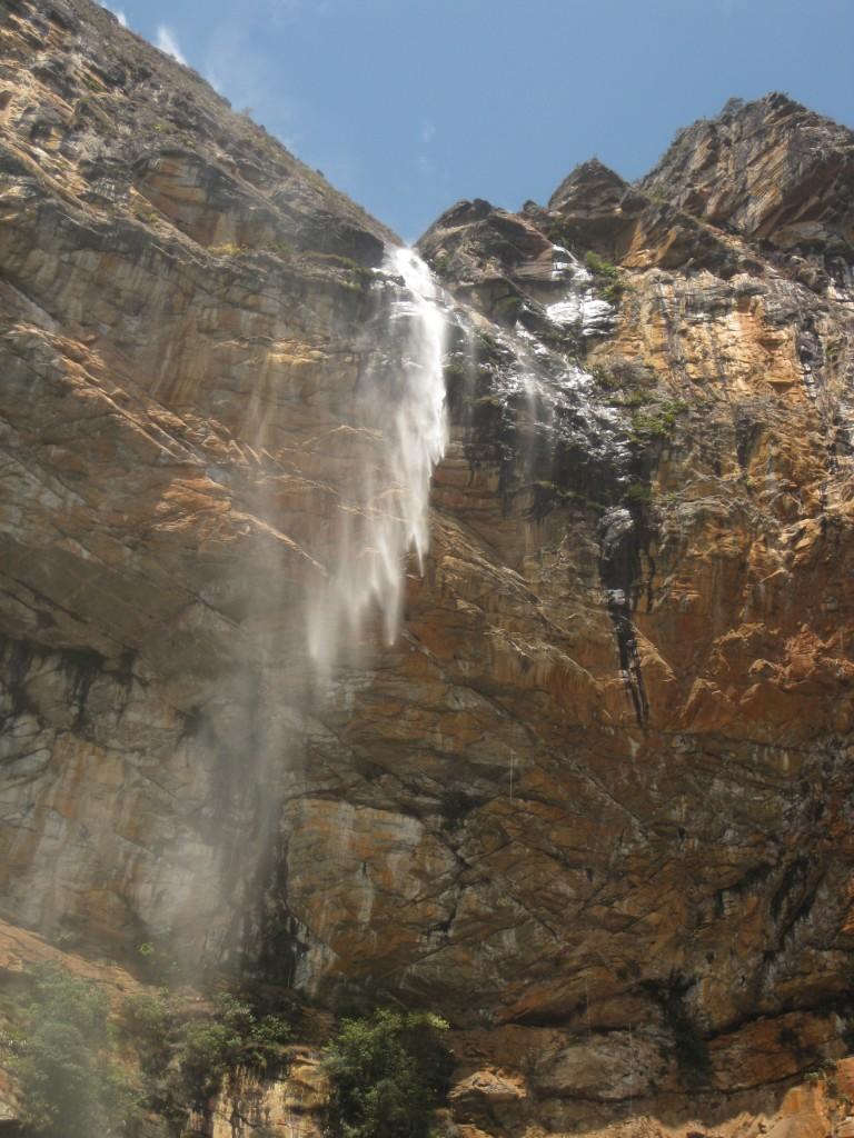 Der obere Teil des Wasserfalls