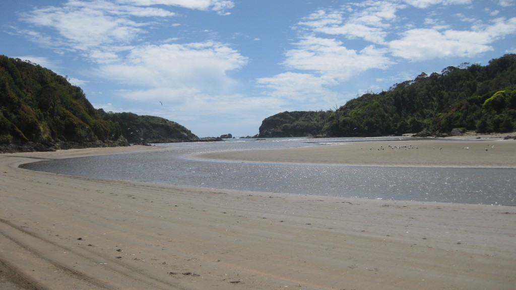 Felsküste - Strand - Lagune - Duhatao Chiloé Chile - Sehenswürdigkeiten Natur - Reisetipps (3)