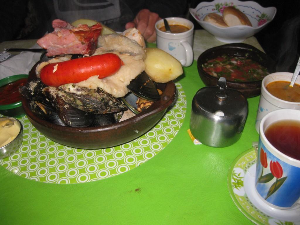 Im Restaurant in Ancud Curanto Essen