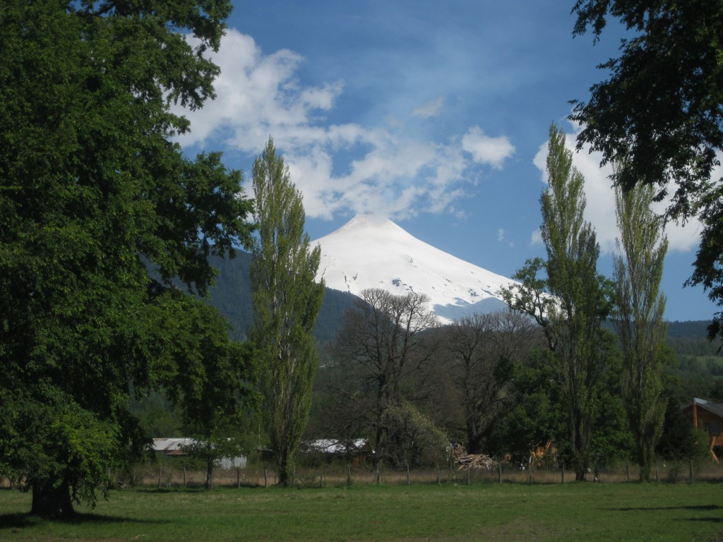 Der Vulkan Villarica bei Pucón, beliebtes Touren-Ziel