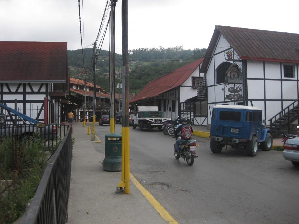 Straßentreiben Colonia Tovar - Venezuela - Südamerika